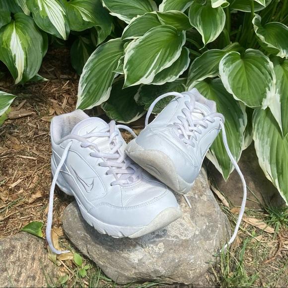☁️ VINTAGE Nike Air Sneakers size 7.5 ☁️